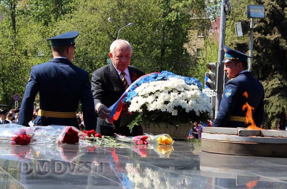 Леонид Ковалевский Слава наших героев живет вечно