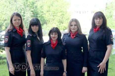В УМВД Домодедово поздравили сотрудников подразделения по делам несовершеннолетних