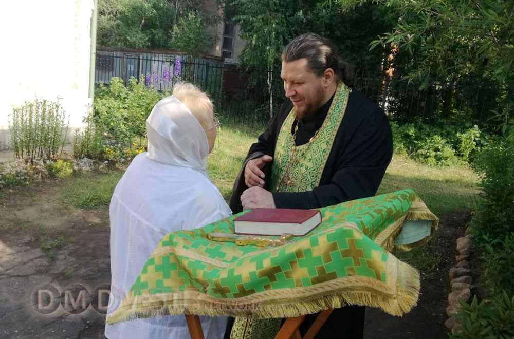 Митрополит Ювеналий совершил Божественную литургию в Серафимо-Знаменском скиту в Домодедово