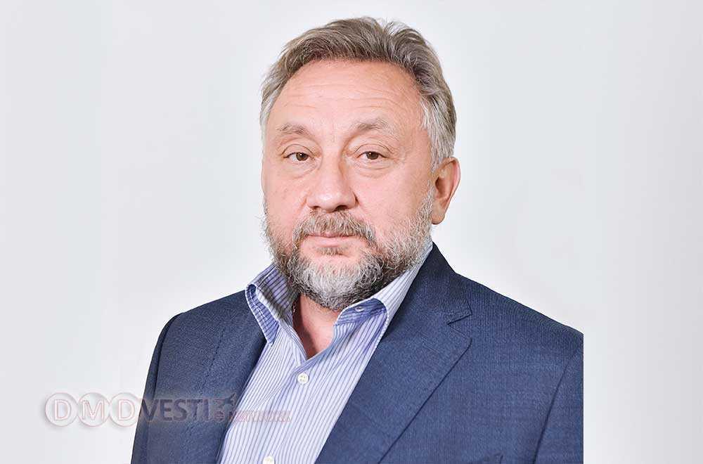 Олег Жолобов