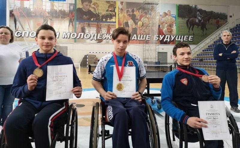 1 место в Первенстве Московской области по настольному теннису