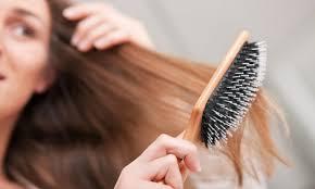 - Нужна ли для нарощенных волос специальная расческа?