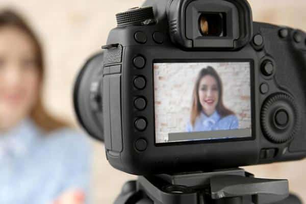 «Просто о сложном» - конкурс видеоблогеров
