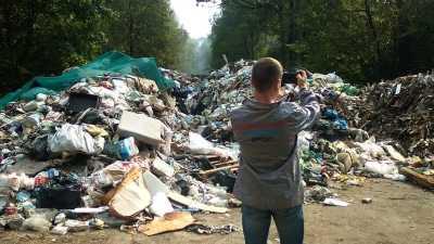 Подмосковные активисты ОНФ предлагают создать специальную комиссию по борьбе с нелегальными свалками