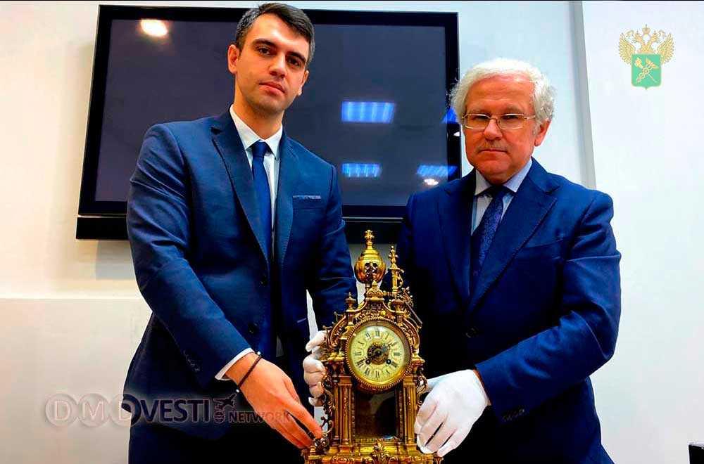 Домодедовские таможенники передали Минкультуры России ценные предметы новости домодедово