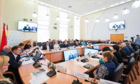 Глава Домодедова Александр Двойных провел заседание оргкомитета по подготовке к 75-летию Великой Победы. Представлены обширные планы мероприятий