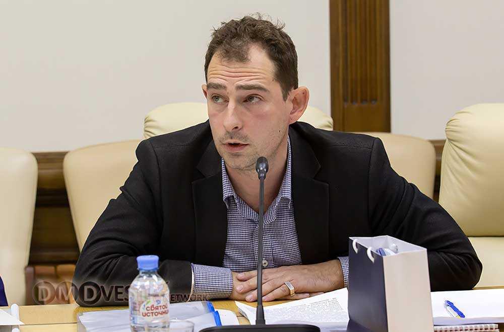 Савельев А.В. ответственный секретарь Геральдической комиссии МО