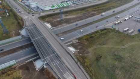 В Домодедове на месяц раньше срока запустили движение по новому мосту через трассу М-4 «Дон»