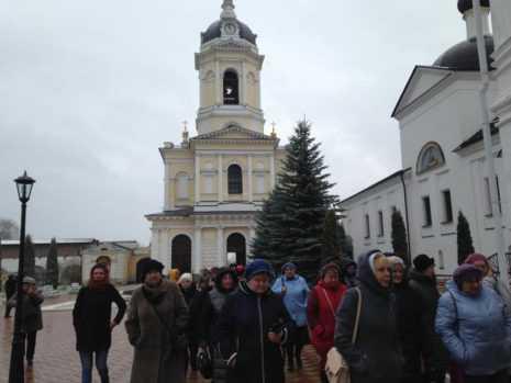 Более 40 домодедовцев побывали на экскурсии в Серпухове